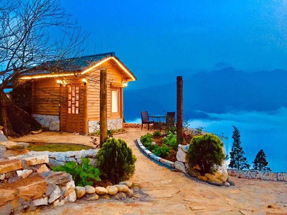 Nhà đẹp trên núi cao 1700 mét