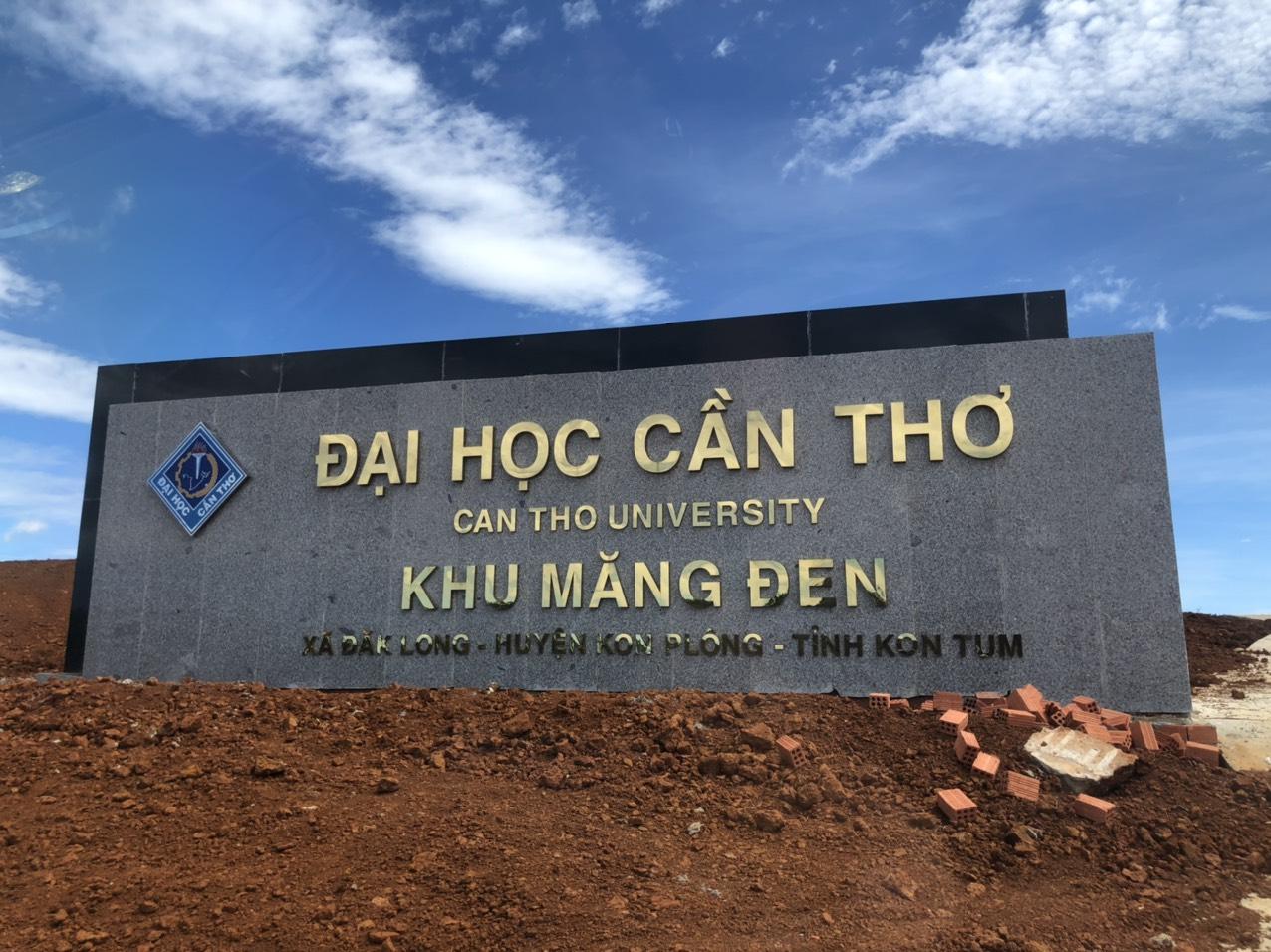Trường đại học Cần Thơ cũng đã mở chi nhánh trên mảnh đất Măng Đen Thân Thương này.