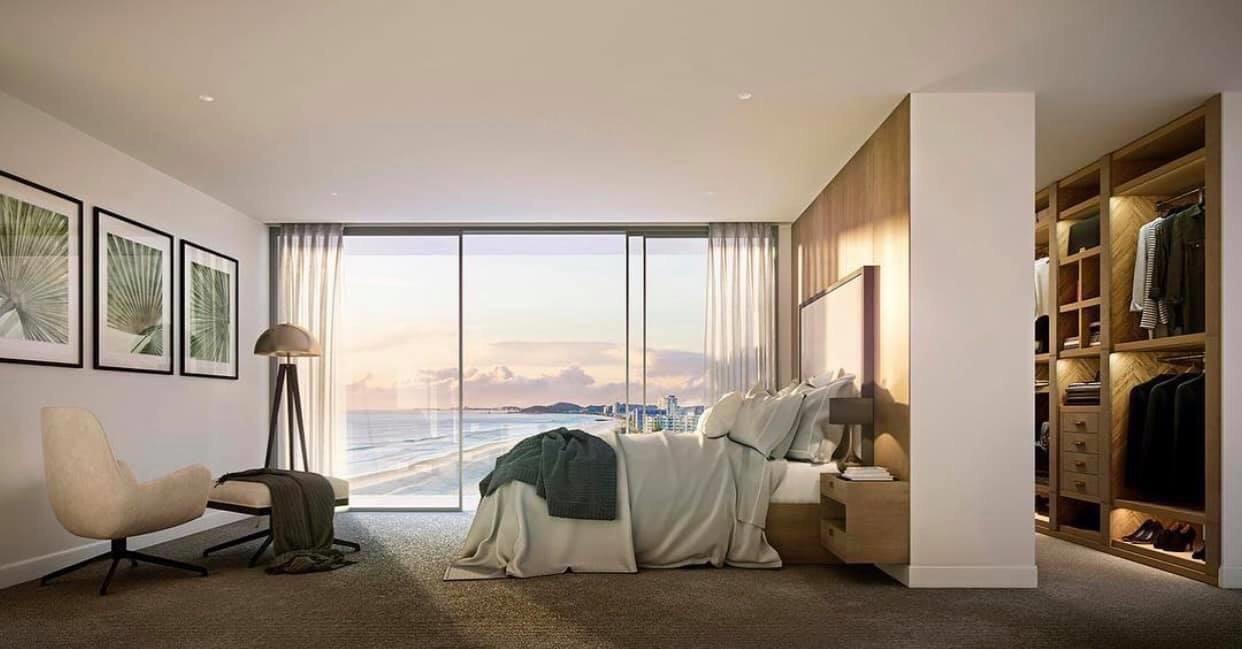 Phòng ngủ lớn rộng thoáng, góc view tuyệt vời tại căn hộ The Aston Luxury Nha Trang.