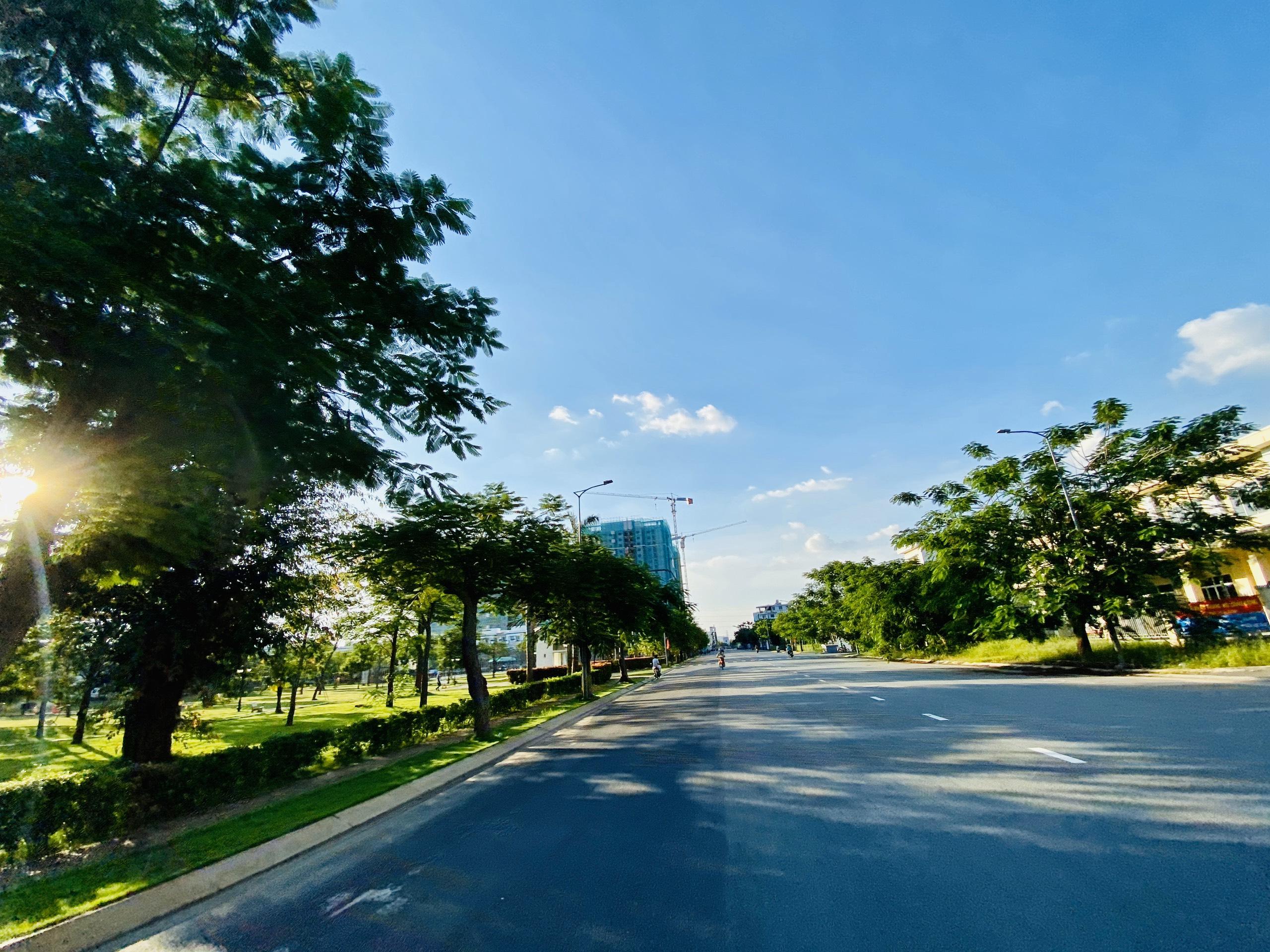 Không gian xanh tại Lovera Premier Bình Chánh khu Phong Phú 4