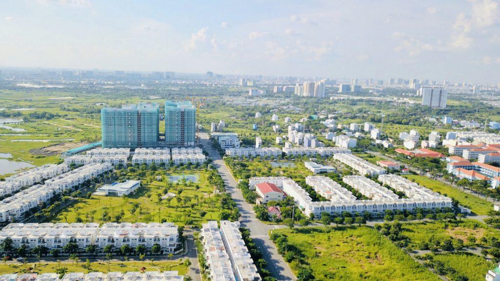 Giá Tốt 4.5 tỷ bán nhà phố 1 trệt 2 lầu 5x15m 4PN, 3wc KDC Phong Phú 4, Bình Chánh, cách Q1 20 phút