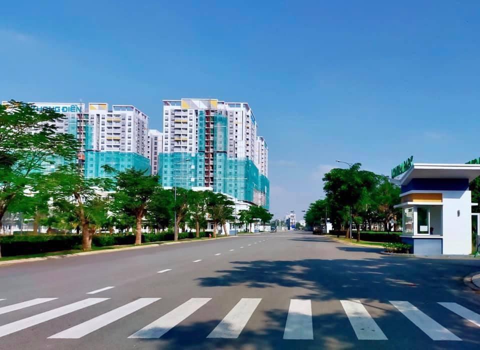 Tiến độ cập nhật cuối tháng 11 năm 2020. CĐT Khang Điền đang hoàn thiện mặt ngoài của dự án cũng như hoàn thiện phần tiện ích chung. Dự kiến sẽ bàn giao sớm hơn dự kiến cho cư dân 3 tháng