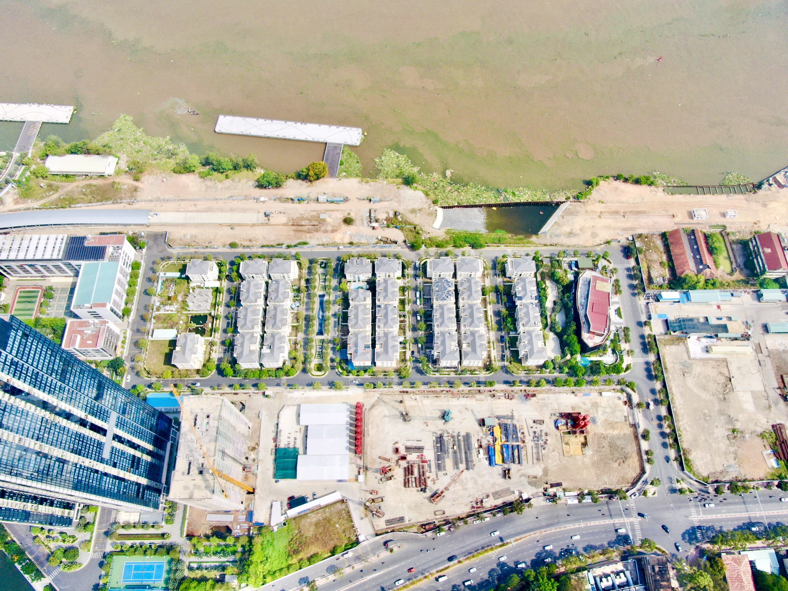 Tiến độ xây dựng dự và hình ảnh cảnh quan các góc view dự án Masterise Bason Quận 1 chủ đầu tư Masterise Group. Hotline 0812 756 888