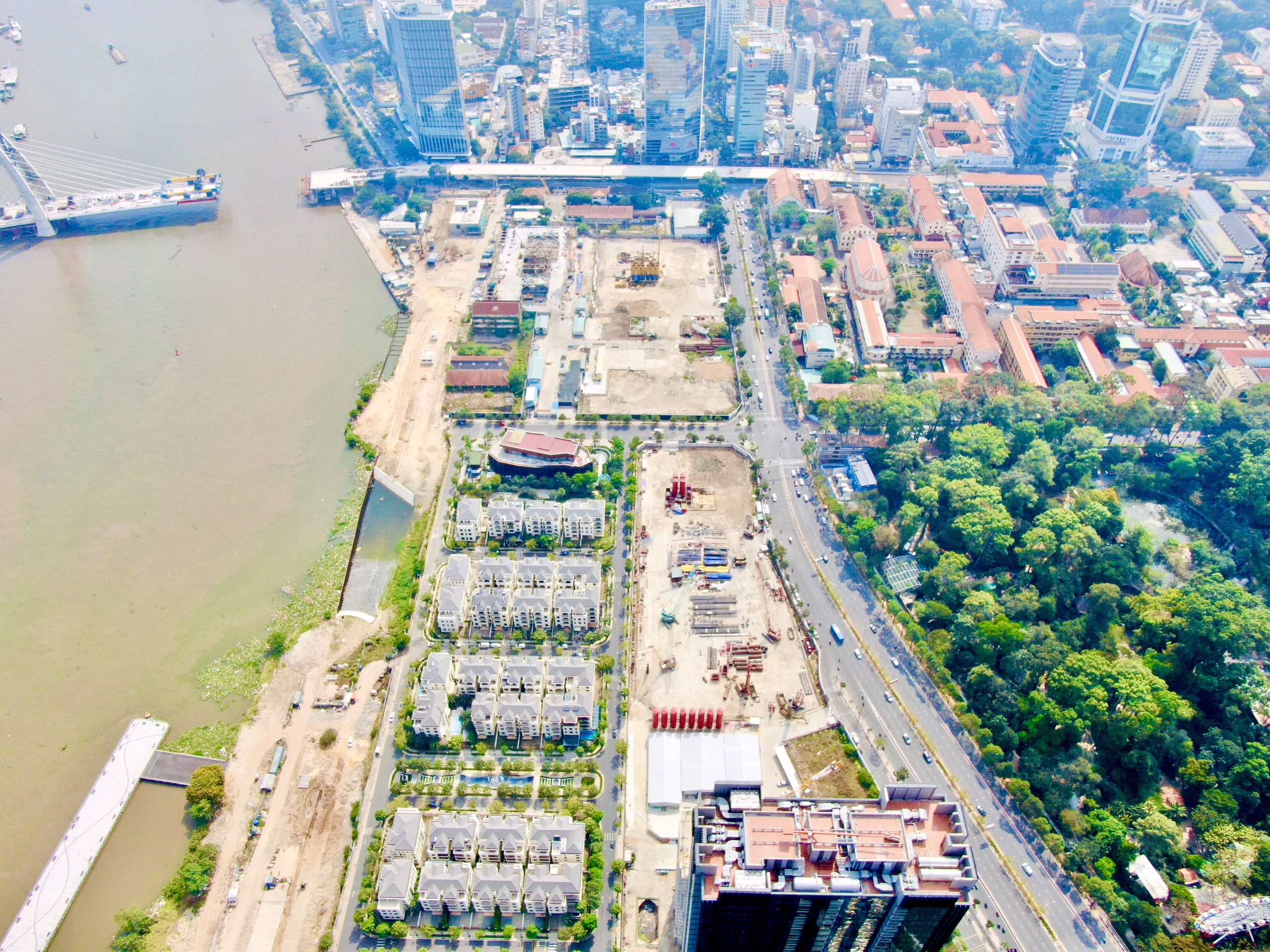 Tiến độ xây dựng dự và hình ảnh cảnh quan các góc view dự án căn hộ Masterise Bason Quận 1 chủ đầu tư Masterise Group. Hotline 0812 756 888