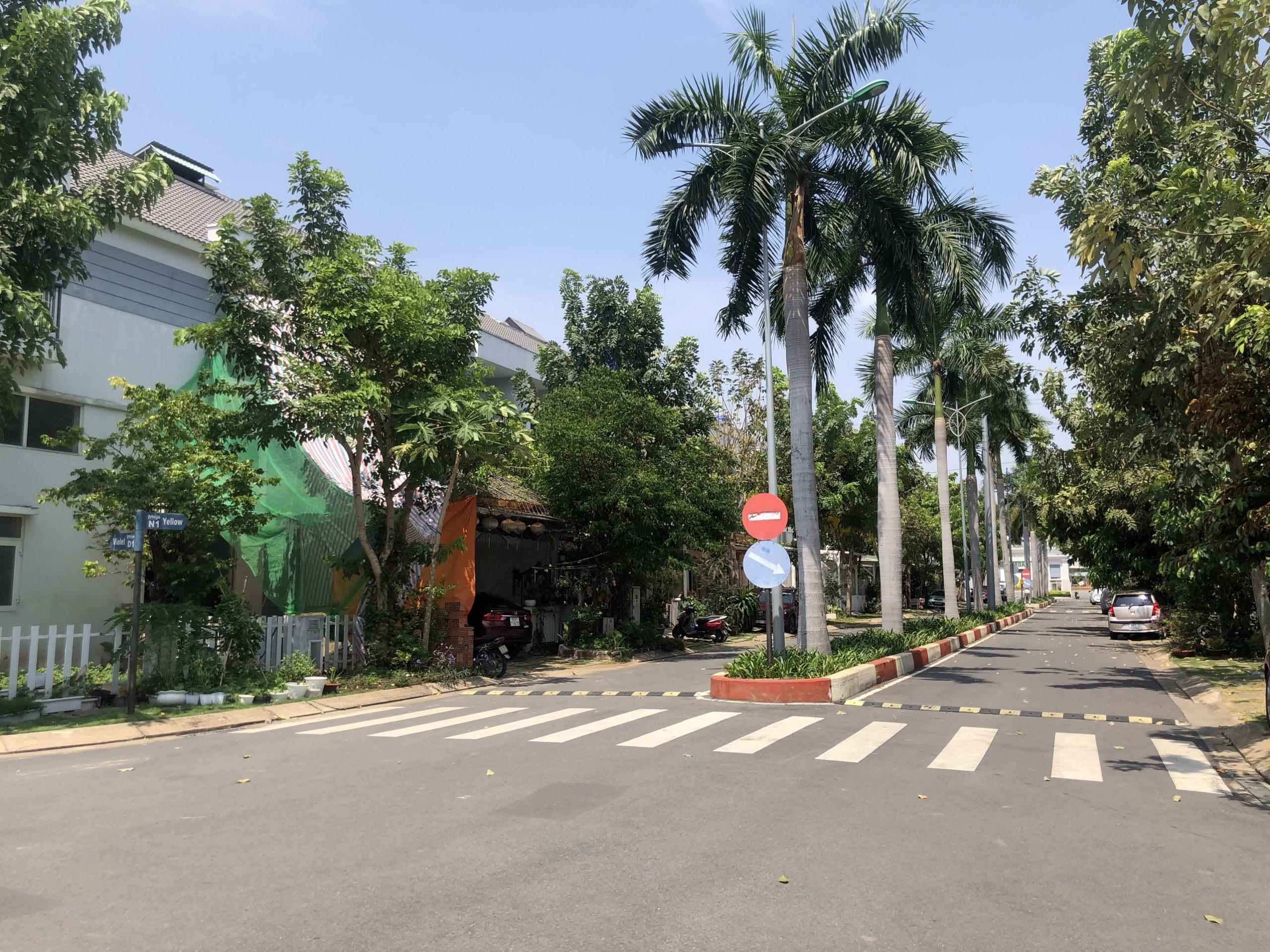 Hình ảnh thực tế cập nhật dự án nhà phố Mega Residence Khang Điền Quận 9. liên hệ xem nhà thực tế 0812756888